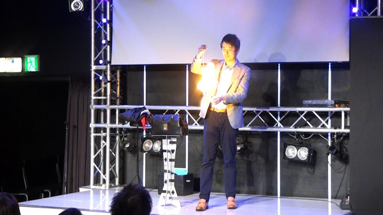 銀座 企業様パーティーにてステージマジックショー